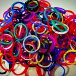 100% ซิลิโคน สี Rainbow Loom Band คละ 11 สี 600เส้น ( # 14 )
