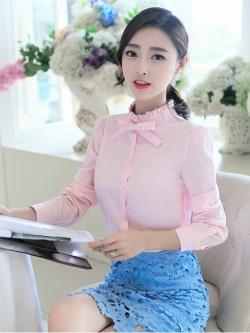 เสื้อคอป่านระบายผูกโบว์ลุคหวาน สีชมพู