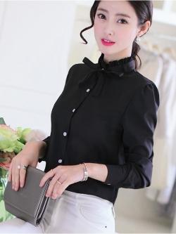 เสื้อคอป่านระบายผูกโบว์ลุคหวาน สีดำ