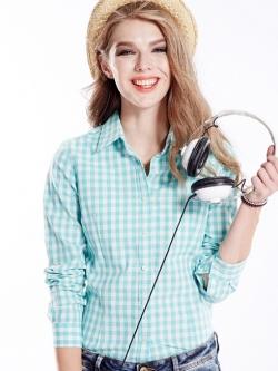เสื้อเชิ้ตลายสก๊อตเล็กรุ่น 2 สีฟ้าขาว(Blue-White)