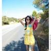 เดรสสไตล์เกาหลีสีเหลืองเปิดไหล่พิมพ์ลายสวยๆ