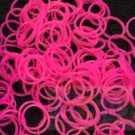 100% Silicone Loom Band สีชมพูนีออน 600เส้น ( # 21 )
