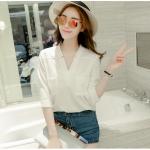 เสื้อเชิ้ตชีฟองคอวีแฉก สีขาว