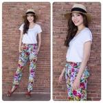กางเกงผ้ายืดนุ่มสีดำพิมพ์ลายดอกกุหลาบสีชมพูแดงสวยสดบนผ้าพื้นสีโทนพาสเทลเขียวมิ้นต์อ่อนๆ กางเกงทรงสวยใส่สบายผ้ายืดเนื้อนิ่ม เอวยืดมีกระเป๋าข้างสะดวกสบาย