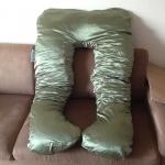 หมอนรองท้อง ผ้าซาตินสีเขียว