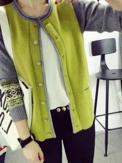 เสื้อคุลมคาดิกันทอลาย กระดุมไม้ สีเขียว(Green)