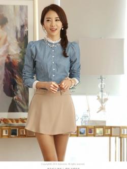 เสื้อเชิ้ตยีนส์นิ่ม คอเสื้อประดับระบายผ้าชีฟอง ตีเกล็ดเข้ารูป