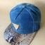 หมวกแก๊ปทรงฮิปฮอป ผ้ายีนส์ ปีกลาย(หนัง) thumbnail 1