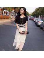 MAXI DRESS ชุดเดรสยาวแฟชั่นแขนสั้น ใส่ทำงาน เที่ยว ตัวเสื้อสีดำ กระโปรงสีขาวครีมผ้ามุ้ง ใส่ออกงาน สวยๆ ASIA STREET FASHION
