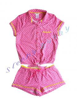 ขายแล้วค่ะ bs6 ชุดนอนเสื้อ+กางเกงขาสั้น สีชมพูลายจุด Size L --> no boundaries