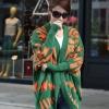 fashion เสื้อคลุม ไหมพรม สีเขียว ส้ม ใส่กันหนาวได้ อุ่นๆ น่ารัก