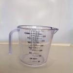 ถ้วยตวงพลาสติกใสทนความร้อน 600 ml cn 044023
