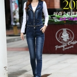 จั๊มสูทเสื้อและกางเกงยีนส์ พร้อมส่ง สียีนส์เข้ม คอปก เสื้อแขนกุด แต่งซิบรูดสุดเท่ห์ จั้มสูทกางเกงขายาว แบบใหม่สไตล์เกาหลี