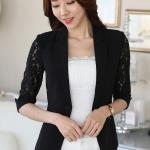 เสื้อสูทแฟชั่น เสื้อสูททำงาน เสื้อสูทสำหรับผู้หญิง พร้อมส่ง สีดำ ผ้าคอนตอน แต่งแขนด้วยผ้าลูกไม้ เนื้อนิ่ม งานสวยเหมือนแบบ 100% ค่ะ