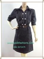 ชุดแซกชุดเดรสดำสุภาพผ้าซุปเปอร์แบล็คคอปกเชิ้ต แขนตุ๊กตา โชว์ด้ายขาวตัดทั้งชุดเพิ่มลวดลายเสริมด้วยกระดุมสวยงาม