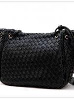 กระเป๋า Axixi กระเป๋าแฟชั่นยุโรป และอเมริกา มี 2 โทนสีให้เลือกสรรค์ สีดำโมเดิร์น และสีแดงสเปน