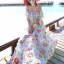 MAXI DRESS ชุดเดรสยาว พร้อมส่ง สีฟ้า ลายดอกไม้โทนสีแดง สวยมาก ดีเทลระบายเป็นชั้นช่วงคอเสื้อ thumbnail 3