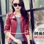 เสื้อแจ็คเก็ต สีแดง คอจีน พร้อมส่ง ดีเทลด้วยปกโฉบเฉี่ยว แต่งกระเป๋าหลอกด้วยซิบรูด สุดเท่ห์ thumbnail 9