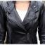 เสื้อโค้ทหนัง เสื้อกันหนาว พร้อมส่ง สีดำ หนัง PU คุณภาพพรีเมี่ยม ตัวยาวคลุมสะโพก แบบซิบรูดเก๋ ติดกระดุมแป๊กช่วงคอเสื้อ มีกระเป๋าใช้งานได้ มีซับใน เหมาะสำหรับใส่เดินทางไปต่างประเทศได้สบายเลยค่ะ thumbnail 9