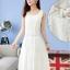 MAXI DRESS ชุดเดรสยาว พร้อมส่ง สีขาว แขนกุด ผ้าลูกไม้เนื้อนิ่ม ใส่สบาย ลวดลายสวยหวาน ใส่ออกงานได้ มาพร้อมเข็มขัดเข้าชุด thumbnail 3