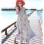 MAXI DRESS ชุดเดรสยาว พร้อมส่ง สีฟ้า ลายดอกไม้โทนสีแดง สวยมาก ดีเทลระบายเป็นชั้นช่วงคอเสื้อ thumbnail 6