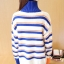 เสื้อกันหนาวไหมพรม พร้อมส่ง พื้นสีขาว ลายทางสีน้ำเงินสลับสีส้มน่ารักๆ คอเต่า thumbnail 3