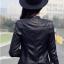 เสื้อแจ็คเก็ต สีดำ หนัง PU พร้อมส่ง คอจีน แขนยาว ดีเทลเย็บตะเข็บตรงหัวไหล่สุดเท่ห์ แต่งกระเป๋าหลอกด้วยซิบรูดเก๋ thumbnail 2