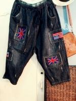กางเกงยีนส์ทรงบอย ขา 5 ส่วน แต่งลายปักธงชาติอังกฤษ