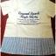 เสื้อผ้าฝ้าย สไตล์ลำลอง สกรีนลายตัวอักษร ชายริ้ว thumbnail 1