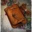 กระเป๋าหนัง pu รุ่นสะพายไหล่ ตัวล็อคเขี้ยว คาดเข็มขัดที่ฝากระเป๋า สีน้ำตาลอ่อน thumbnail 3