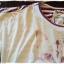 เสื้อยืด เนื้อบาง นิ่ม ลายสกรีนลายแมว ด้านหลังลายริ้ว thumbnail 3