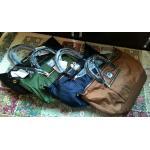 Legato Largo shoulder bag size Regular สีเขียวแมงทับ