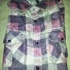 เสื้อเชิ๊ตลายสก๊อตสีชมพู ราคา 150 บาท