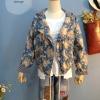 เสื้อแจ๊กเก๊ต มี hood ผ้ายีนส์ลายดอกไม้วินเทจ