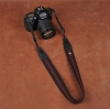 Cam-in Camera Strap รุ่น 8046 สายคล้องกล้อง คุณภาพดี จาก CAM-in