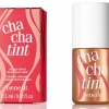 Benefit Cha Cha Tint 12.5 mL ทิ้นท์ใช้ทาปากหรือทาแก้มก็ได้ สีพีช โทนส้มแดง เพิ่มความสดใสให้กับแก้มและริมฝีปาก