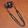 Cam-in Camera Strap รุ่น 8151 สายคล้องกล้อง คุณภาพดี จาก CAM-in