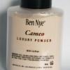 Ben Nye Cameo Luxury Powder 85 g โทนขาวอมชมพูอ่อนๆ ใช้ได้ทุกสีผิว เมื่อทาแล้วจะกลืน เนียนไปกับผิว แนะนำสำหรับผิวขาว