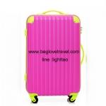 กระเป๋าเดินทางล้อลากไฟเบอร์ รุ่น colorful ชมพูขอบเขียว ขนาด 20/24/28 นิ้ว