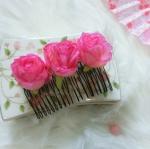 Flower Hair Accessories หวีสับรูปกุหลาบสีชมพูเข้ม ใส่คู่กิโมโนตัวเก่ง