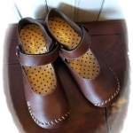 รองเท้า หุ้มส้น สีน้ำตาลเข้ม หนัง pu นิ่มมากๆ size 39