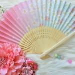 Kimono fan (sensu / ougi) พัดญี่ปุ่นสีชมพูฟ้า ลายกลีบซากูระ