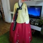 Princess Hanbok แบบชาววัง (ทังอี) สีเหลืองปั๊มเงิน กระโปรงปักมือดิ้นเงิน