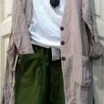megurumi กางเกง ขา 5 ส่วน ทรงเก๋เป้ายาว สีเขียวเข้ม