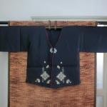 Hanbok Man (DURUMAGI) ฮันบกชาย แบบเสื้อคลุม ปักมือดิ้นเงิน