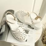 พรีออเดอร์ รองเท้าส้นสูง (เบจ,ขาว,ชมพู) ไซส์33-43
