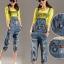 OW5905003 เอี้ยมกางเกงยีนส์ 5 ส่วน แฟชั่นเกาหลี ทรงหลวมขาดเซอร์ (พรีออเดอร์) thumbnail 1