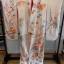 uchikake kimono กิโมโนอูชิคาเคะ สีขาวครีม งานปักดิ้นทอง thumbnail 2