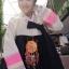 Hanbok เกรดพรีเมี่ยม แบบต่อปลายแขน ลายปักดอกไม้น่ารัก กระโปรงปักมือ thumbnail 1