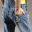 OW5905003 เอี้ยมกางเกงยีนส์ 5 ส่วน แฟชั่นเกาหลี ทรงหลวมขาดเซอร์ (พรีออเดอร์) thumbnail 3